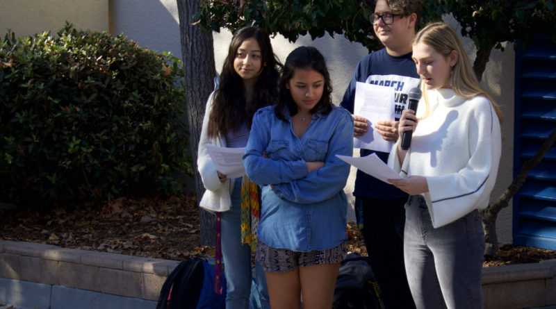 Students mourn Borderline victims with vigil